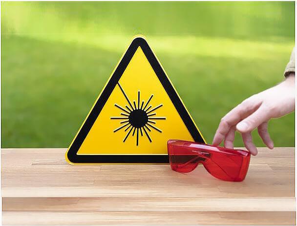 sicurezza-laser Di che classe è il tuo laser? Quello che dovresti sapere per la tua sicurezza